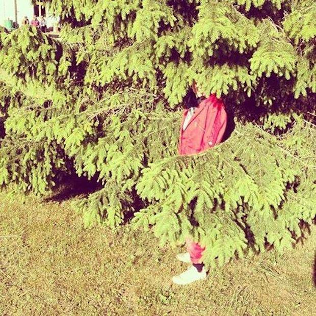 AV_CL_HS_fot vert rouge